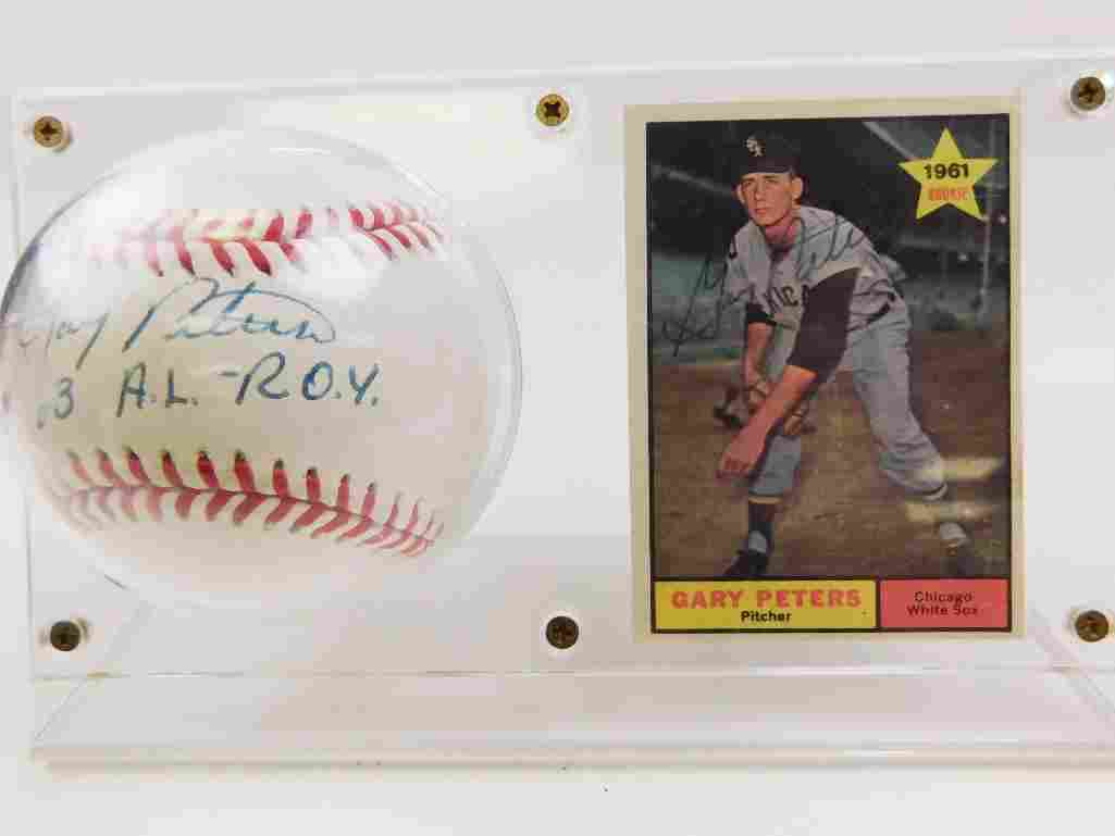 1961 Topps #303 Gary Peters Signed Rookie Card &