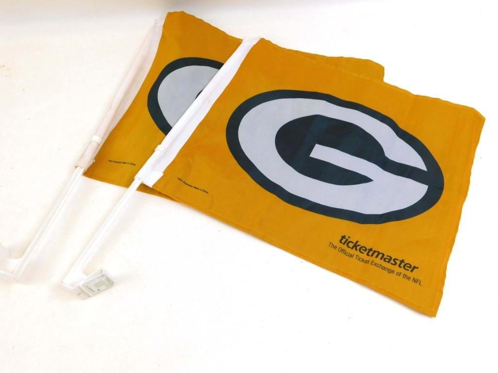 Lot of 2 Green Bay Packers Football Flags