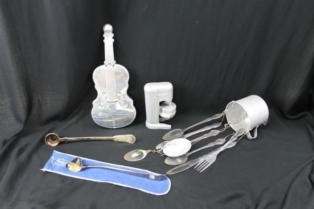 Misc. Lot Mount Vernon Violin Silent Butler, Mini