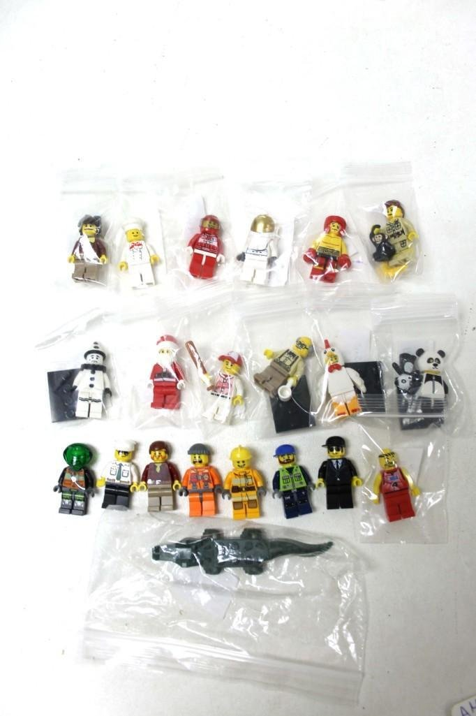 20 Lego Mini Figs incl Baker , Boxer , Santa , Clown ,