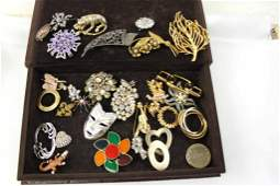 Lot of Brooches and Pins incl Rhinestone