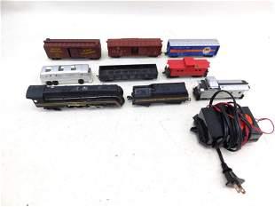 Lot of HO Trains incl 7 Train Cars , 1 Engine , Metal