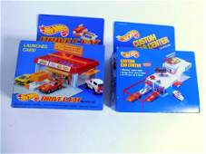 2 Hot Wheels Sto and Go Sets incl Custom Car Center and