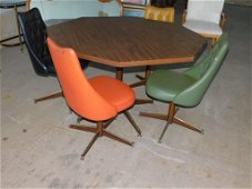 Vintage 1967 Decorables Dining Table and Vinyl