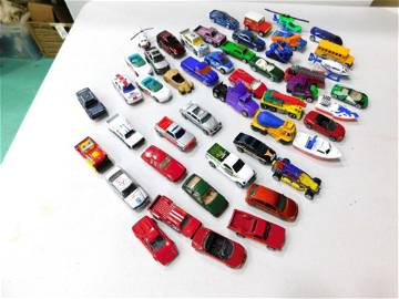 Lot of Toy Cars and Vehicles incl Matchbox Die Cast