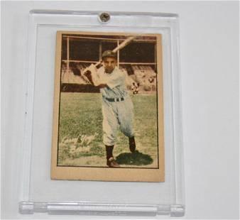 1952 Hit Parade of Champions Yogi Berra Baseball Card