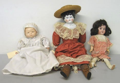4022: German bisque head girl doll, G.S. Putnam baby do