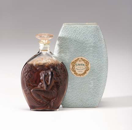 10644: 'Flausa' Lalique molded glass parfum bottle for
