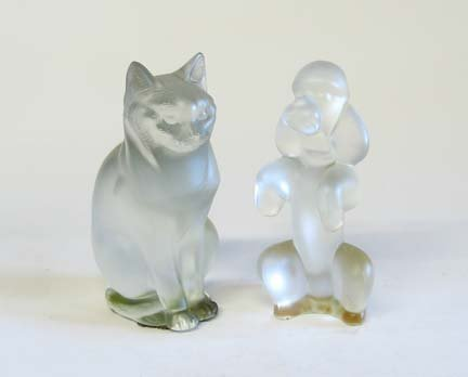 10651: Lalique glass figure of a seated cat, , Model no
