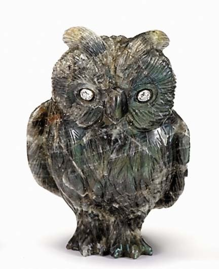 10758: Carved hardstone figure of an owl, possibly fabe