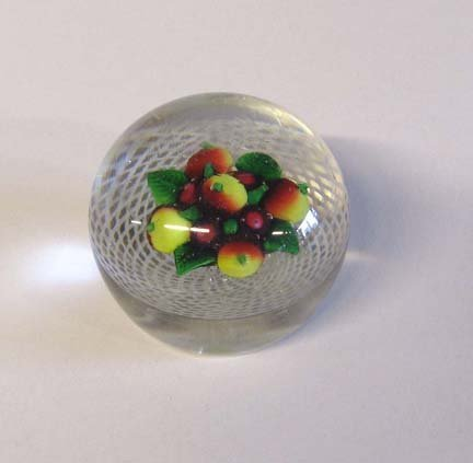 21513: New England Glass Co. paperweight, circa 1860, F