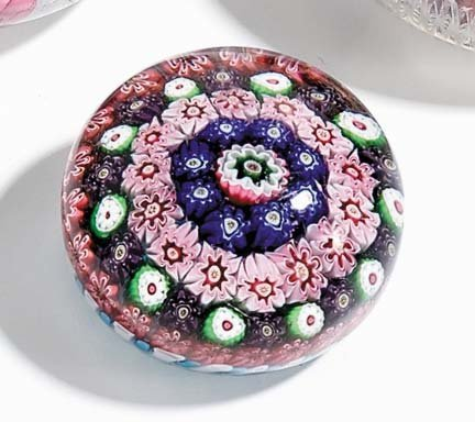 21520: Clichy glass paperweight, circa 1848, Concentric