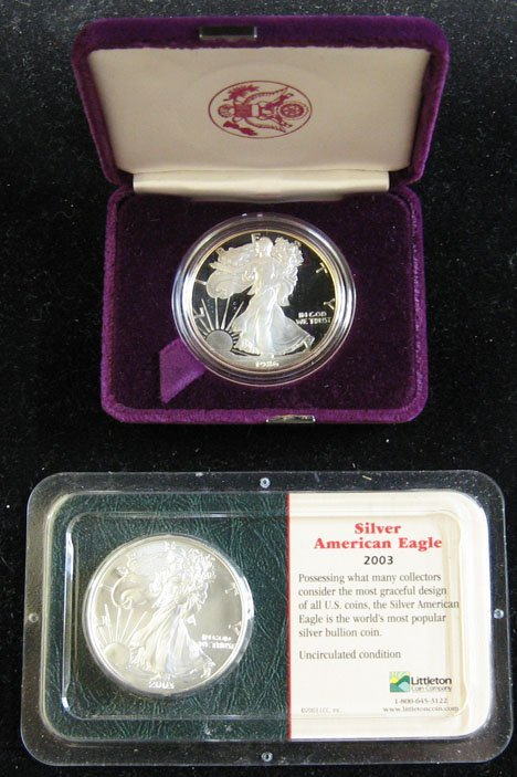 2009: Fifteen U.S. Silver Eagle Coins, , Including a 19