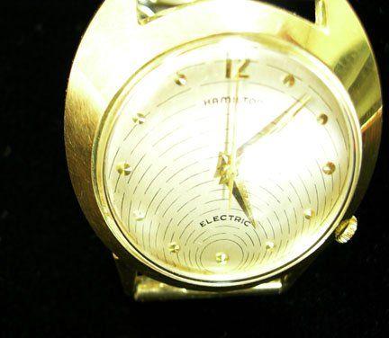 2174: Gentleman's 14 karat yellow gold Hamilton Electri