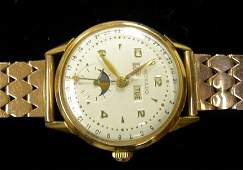 2196: Gentleman's 18 karat yellow gold Movado wristwatc