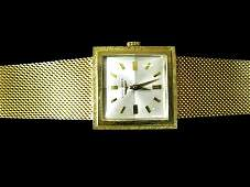 2225 Gentlemans 14 karat yellow gold Longines wristwa