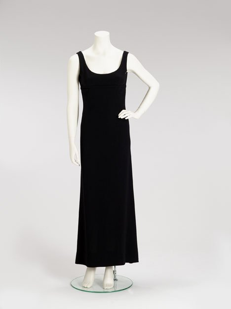 1005: Norman Norell black wool crepe sleeveless column