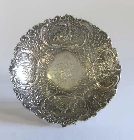 2007: Dutch silver low bowl, 19th century, The sides em