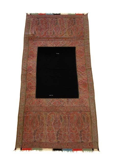 2755: Kashmir shawl, india, circa 1900, Inscribed. 11 f