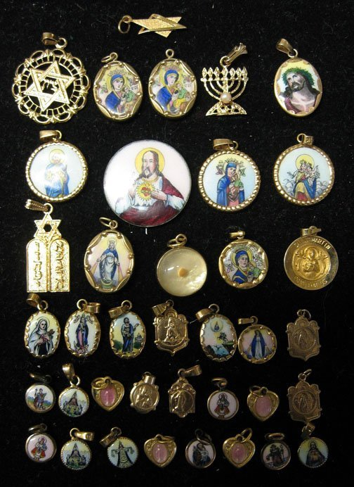 10: Thirty-seven piece group of Religious Medals