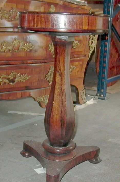 21: EARLY VICTORIAN ROSEWOOD VIDE POCHE Ca. 1840 The ci
