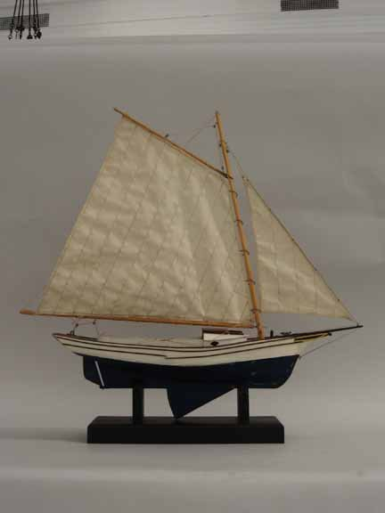 8: From scratch pond model of a yacht, c. 1940, Probabl