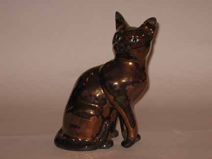 17: English Breswick luster model of a cat, 19th centur