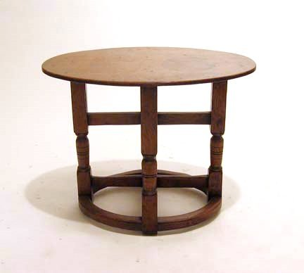 2013: Charles II style oak gate-leg table, , The oval t