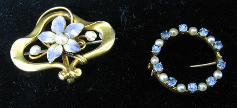 4002: Two piece Lady's Pins, Including a small circle p