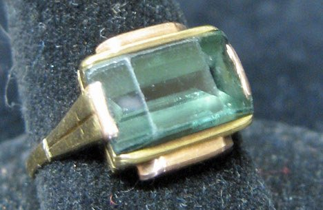 4006: Yellow Gold and Tourmaline Ring, 20th c.