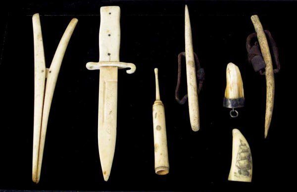 33: Group of bone items, 19th and 20th century, Includi