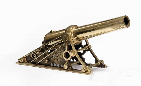 39: Brass bow-chasing cannon, c.c. galbraith & sons, in