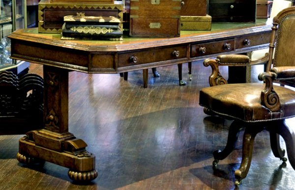 24: A mid 19th century burr oak library table