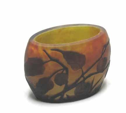 2019: DAUM NANCY, (FRENCH), Small cameo glass vase