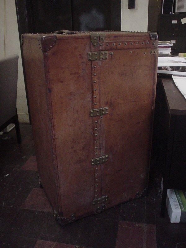 1266: Louis Vuitton leather exterior Steamer Trunk