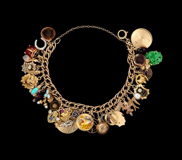 1367: Ladies charm bracelet, , 14 karat yellow gold cha