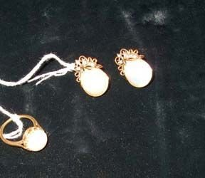 5003A: MABE' PEARL AND DIAMOND EARRINGS AND RING 20th c