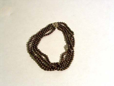 5007: FOUR STRAND GREY CULTURED PEARL NECKLACE 20th c.