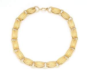 14K YELLOW GOLD NECKLACE 20th c. With decorative