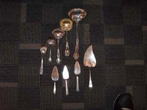 5142: TEN PIECE STERLING AND COIN SERVERS 19th / 20th c