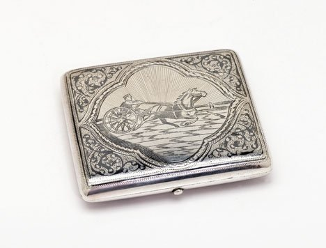 1013: Russian niello silver cigarette case, early 20th