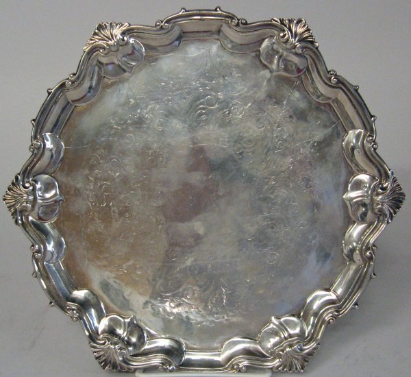 1019: Continental silver plate salver, , With a scallop