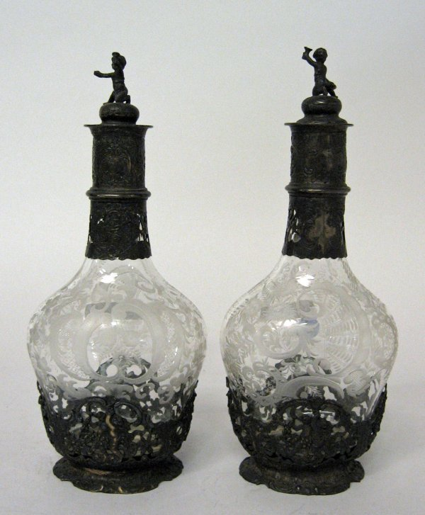 1023: Pair of Continental silver mounted etched glass d