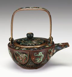 10701: Japanese cloisonne teapot, in the style of Namik