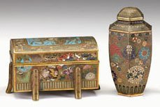 10714: Good Japanese cloisonne casket-form box or kogo,