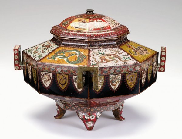 10721: Large and impressive Japanese cloisonne covered