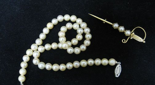 6: Lady's Pearl Necklace and 14k Gold Sword Pin, , With