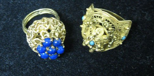 24: Lapis and turquoise dome rings, , A set of lapis an