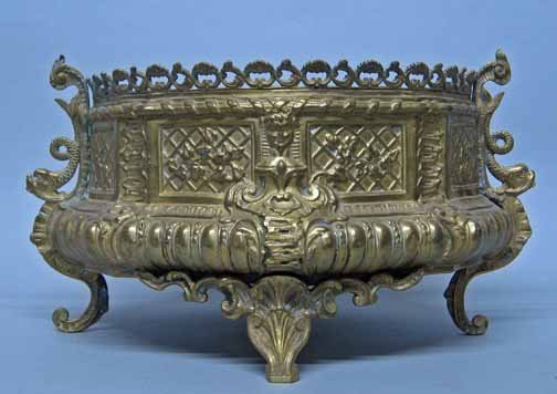 589: Brass planter, , With pierced floral and scroll ri