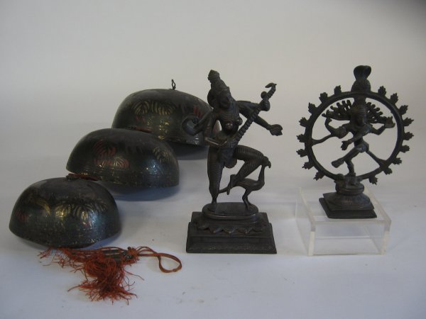 592: Two bronze Eastern deities, together with a gradua